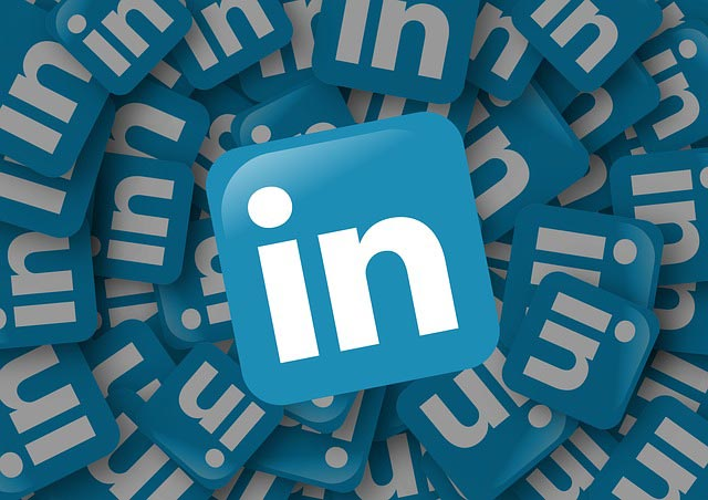 How to Properly Promote Your Blog in LinkedIn Groups
